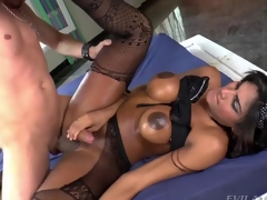 Hot Shemale Jennifer Rios Takes It Deep In The Ass