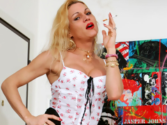 Hawt shemale Vittoria copulates a horny dude in the arse